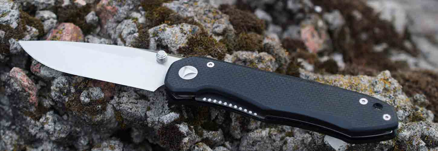 how to close a pocket knife